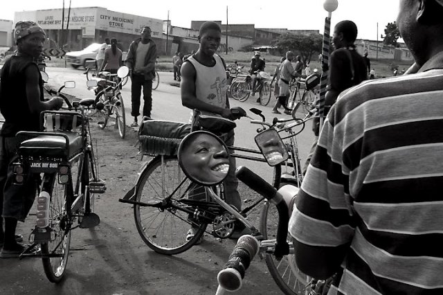 Antonio Maini, Bodaboda Station (border to border), Malawi, 2010